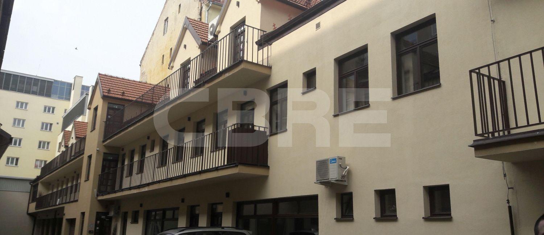 Administratívna budova Špitálska, Bratislava - Staré Mesto | Prenájom kancelárií od CBRE