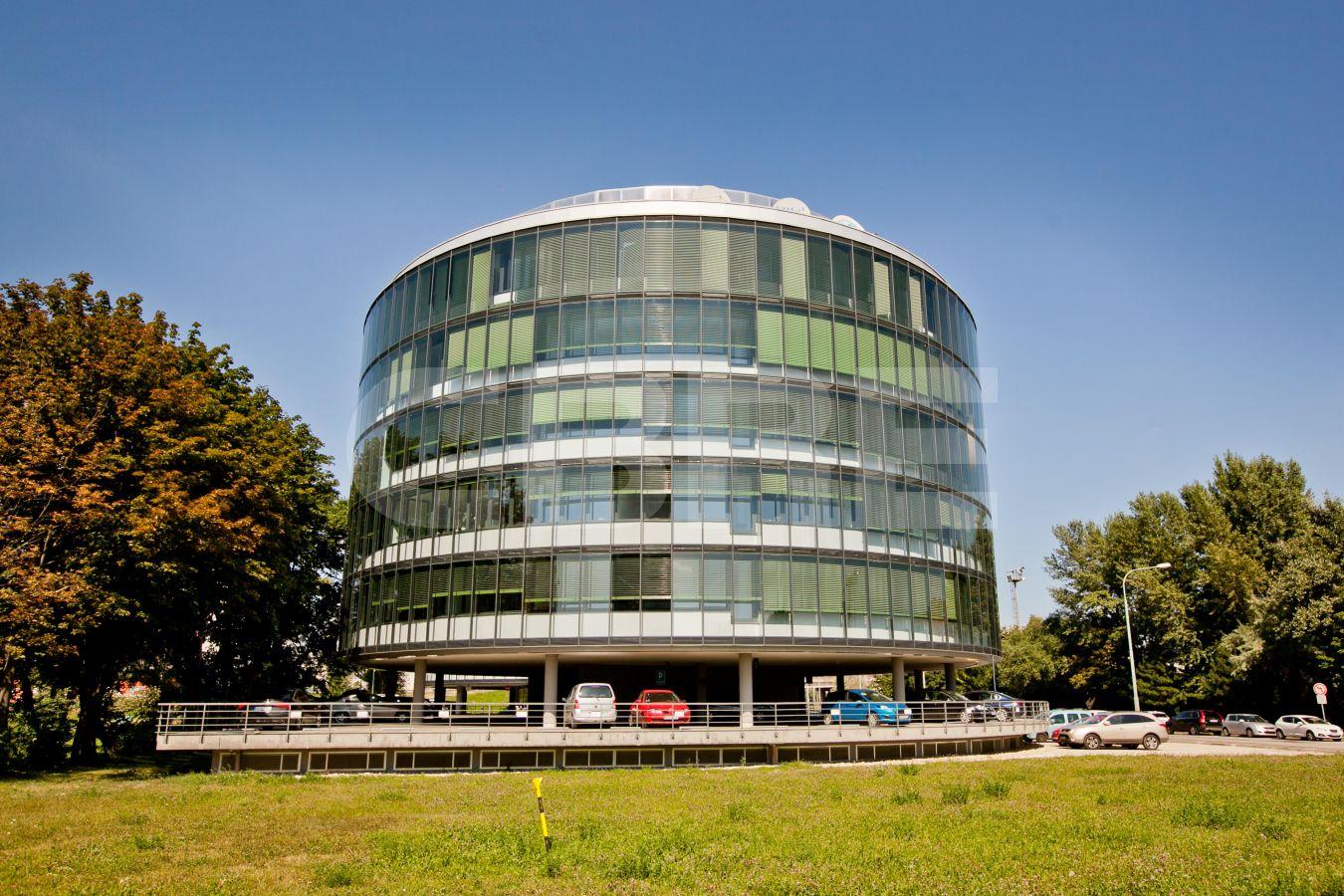 AC Petržalka, Bratislava - Petržalka | Prenájom kancelárií od CBRE | 3