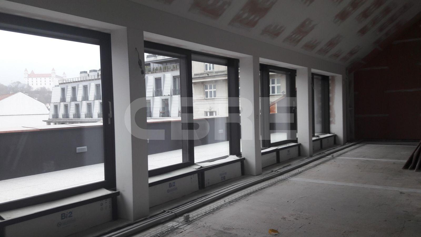 Gorkého 4, Bratislava - Staré Mesto | Prenájom kancelárií od CBRE | 3