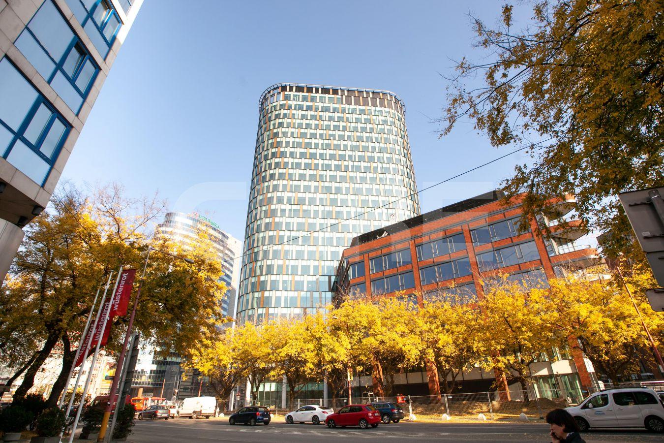 Twin City Tower, Bratislava - Staré Mesto | Prenájom kancelárií od CBRE | 3
