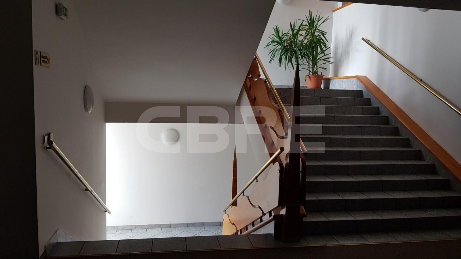Administratívna budova Janka Kráľa, Banská Bystrica | Prenájom kancelárií od CBRE | 3