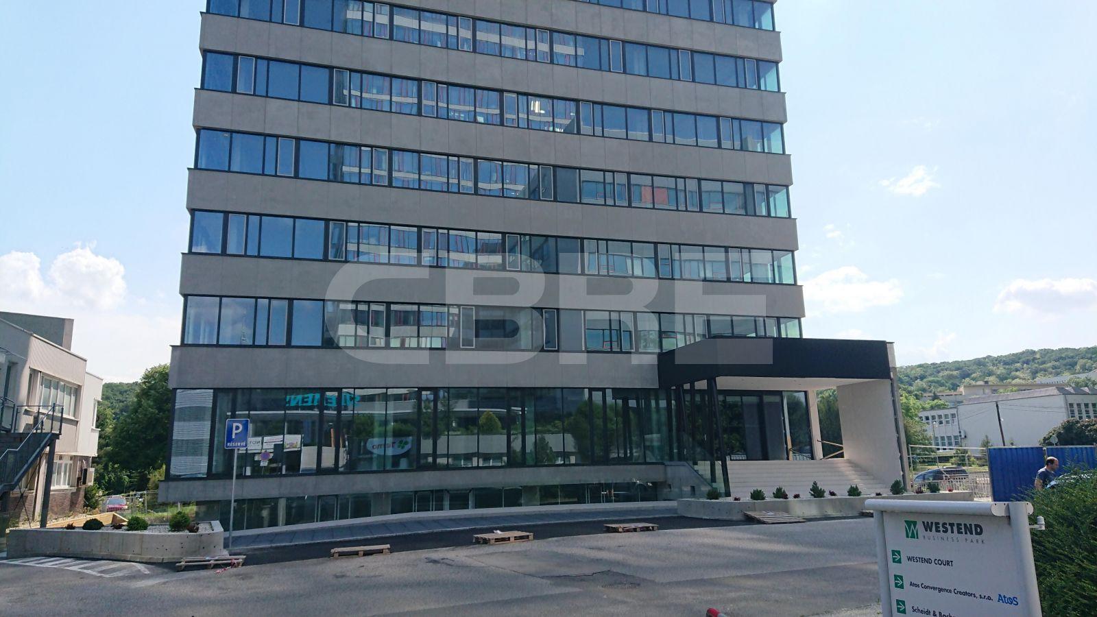 Blumenau, Bratislava - Karlova Ves | Prenájom kancelárií od CBRE | 2