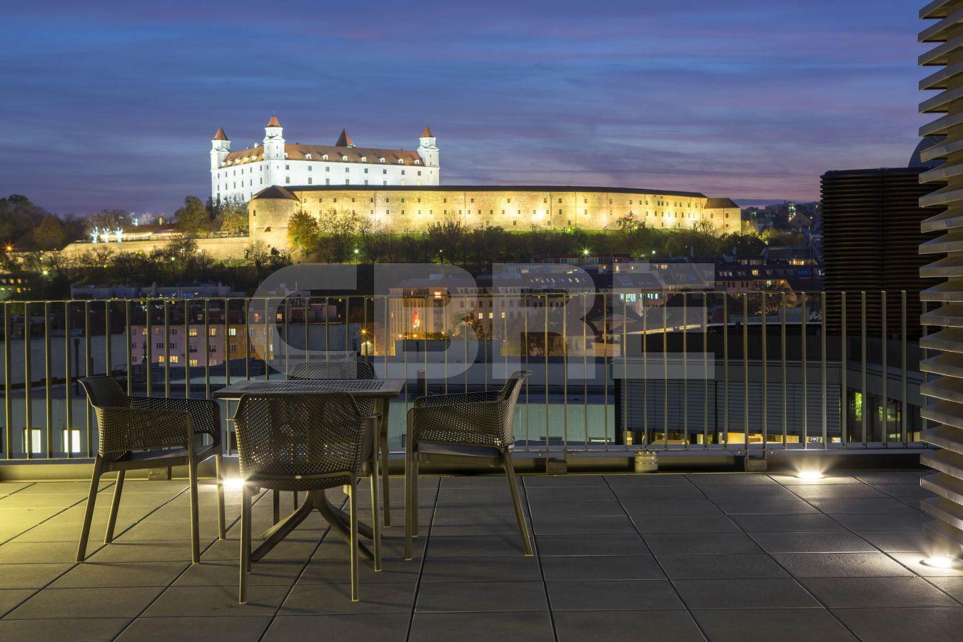 UNIQ, Bratislava - Staré Mesto | Prenájom kancelárií od CBRE | 2