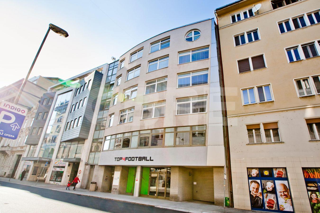 Grosslingova 7, Bratislava - Staré Mesto | Prenájom kancelárií od CBRE | 2