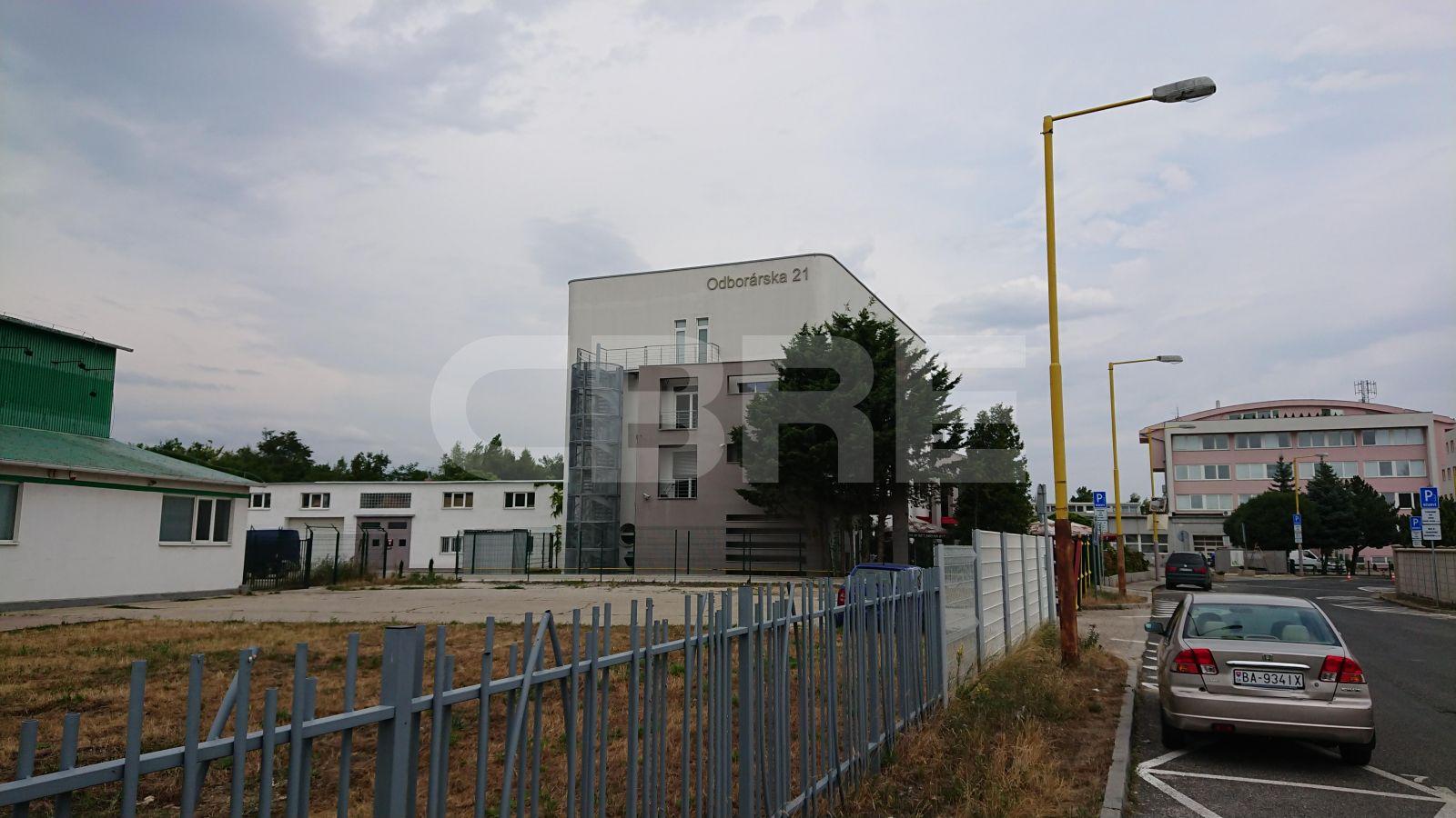 Odborárska 21, Bratislava - Nové Mesto | Prenájom kancelárií od CBRE | 3