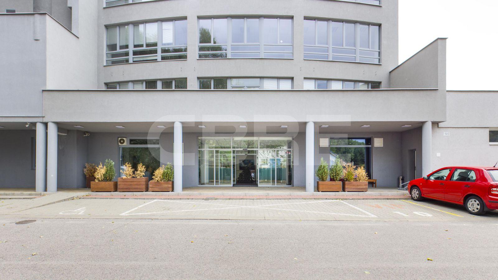 H-Business Center, Bratislava - Ružinov | Offices for rent by CBRE | 2