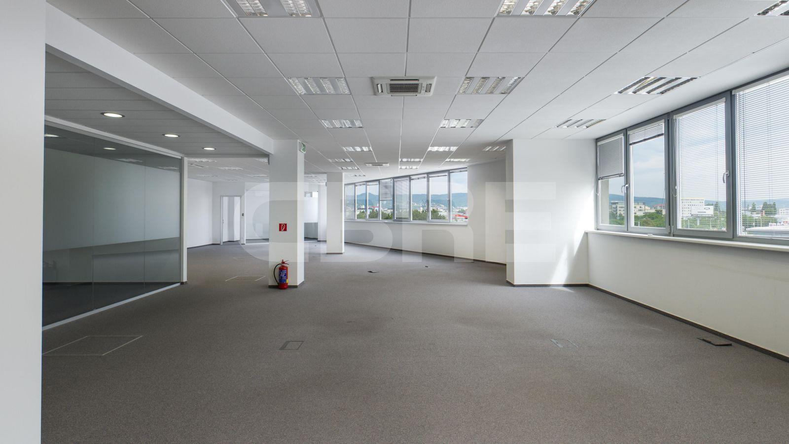 H-Business Center, Bratislava - Ružinov   Offices for rent by CBRE   7