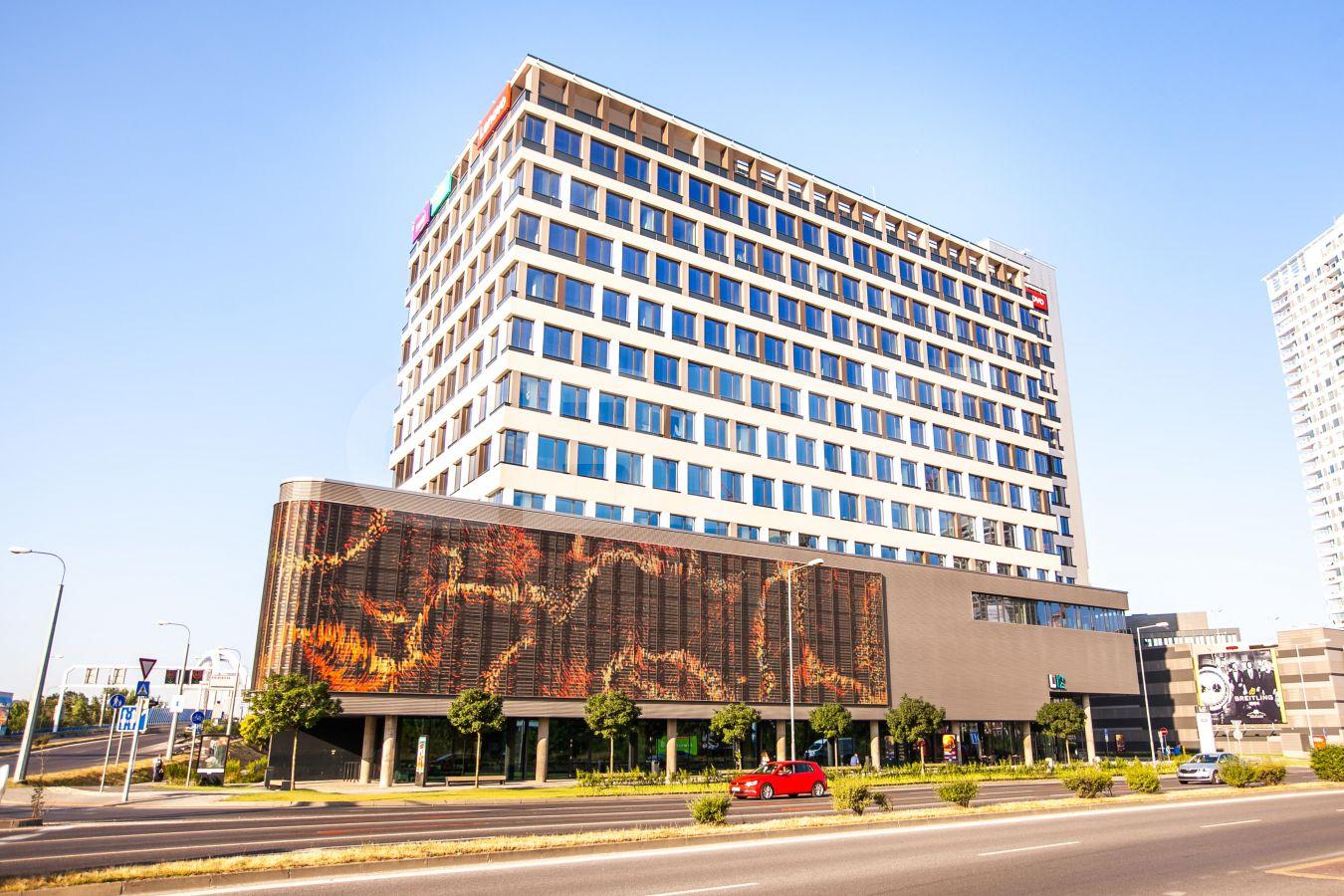 Landererova 12, Bratislava - Staré Mesto | Prenájom kancelárií od CBRE | 2