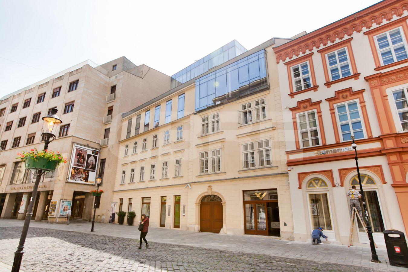 Laurinská 18, Bratislava - Staré Mesto | Prenájom kancelárií od CBRE | 1
