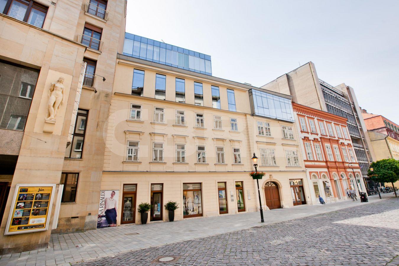Laurinská 18, Bratislava - Staré Mesto | Prenájom kancelárií od CBRE | 2