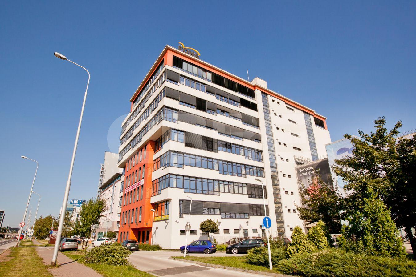 Central V, Bratislava - Petržalka | Offices for rent by CBRE | 1
