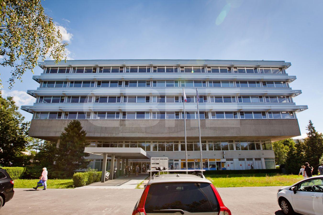 AB Dr. V. Clementisa, Bratislava - Ružinov | Offices for rent by CBRE | 1