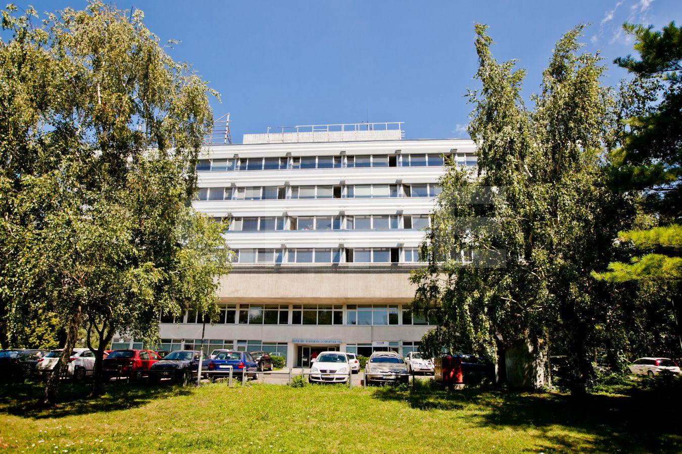 AB Dr. V. Clementisa, Bratislava - Ružinov | Offices for rent by CBRE | 3