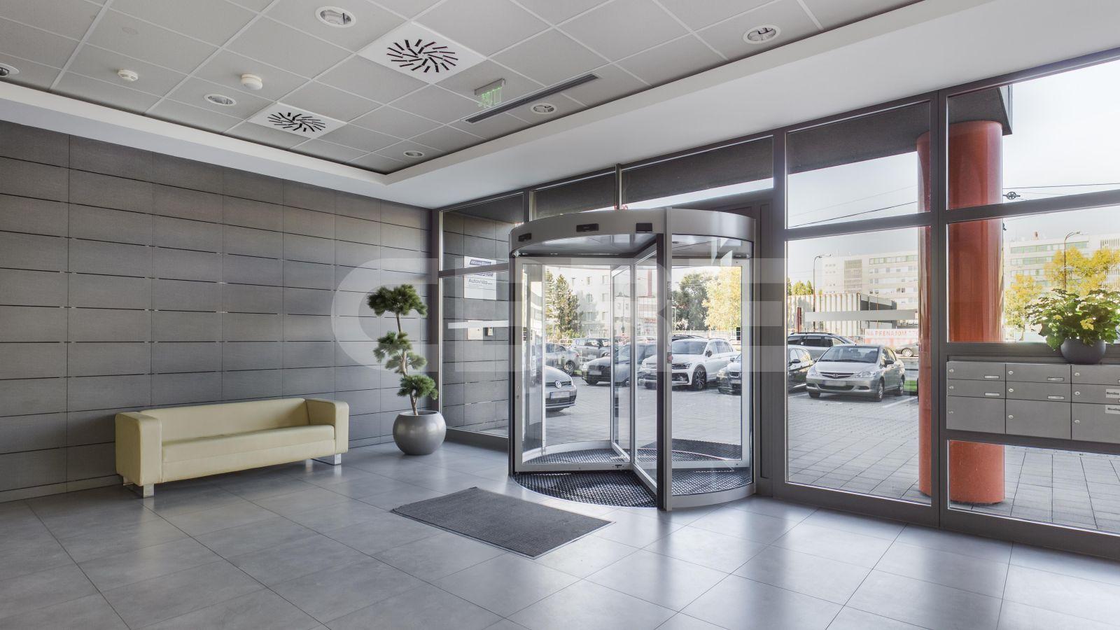 MicroStep - Vajnorská, Bratislava - Nové Mesto | Offices for rent by CBRE | 2