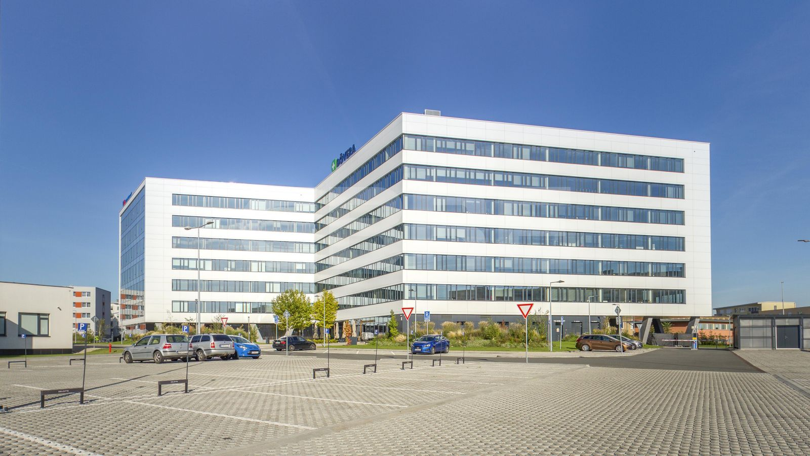 Business Center Tesla II., Košice - Staré Mesto | Offices for rent by CBRE | 1