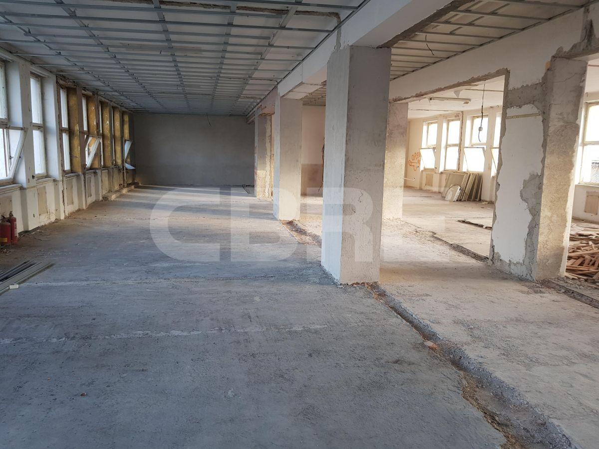 Strieborné námestie Banská Bystrica rekonštrukcia, Banská Bystrica | Offices for rent by CBRE | 5