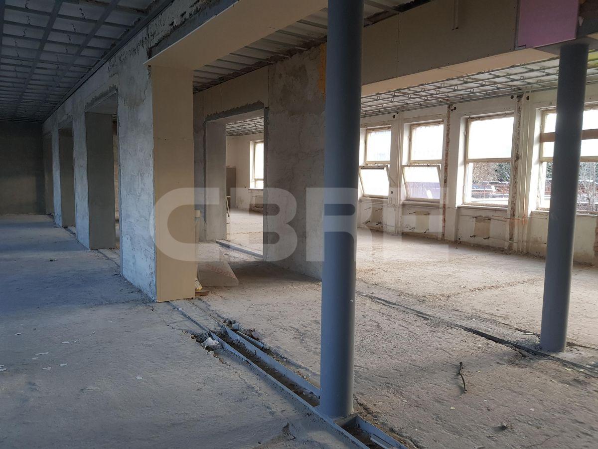 Strieborné námestie Banská Bystrica rekonštrukcia, Banská Bystrica | Offices for rent by CBRE | 6