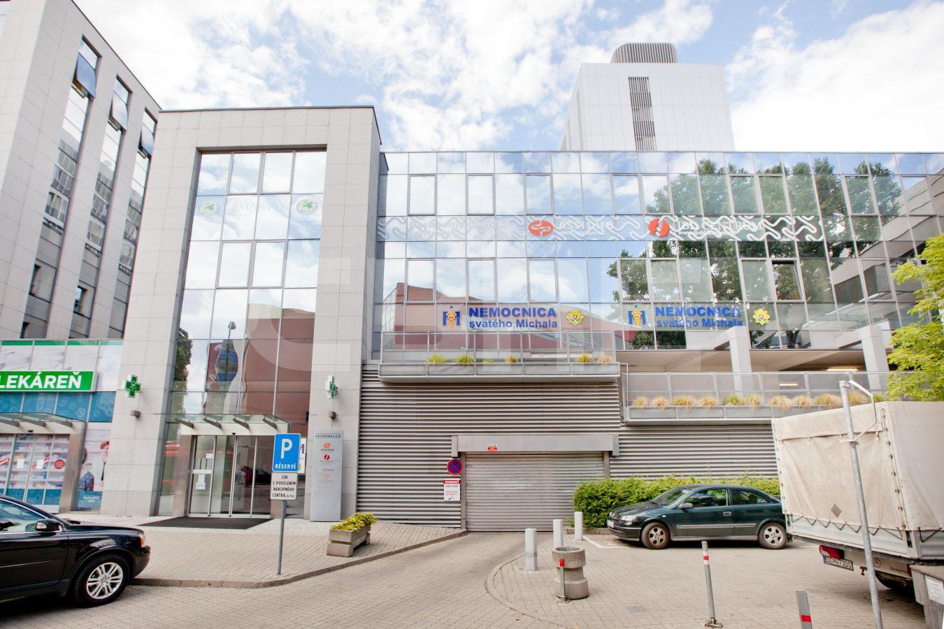 Cintorínska 3, Bratislava - Staré Mesto | Prenájom kancelárií od CBRE | 1