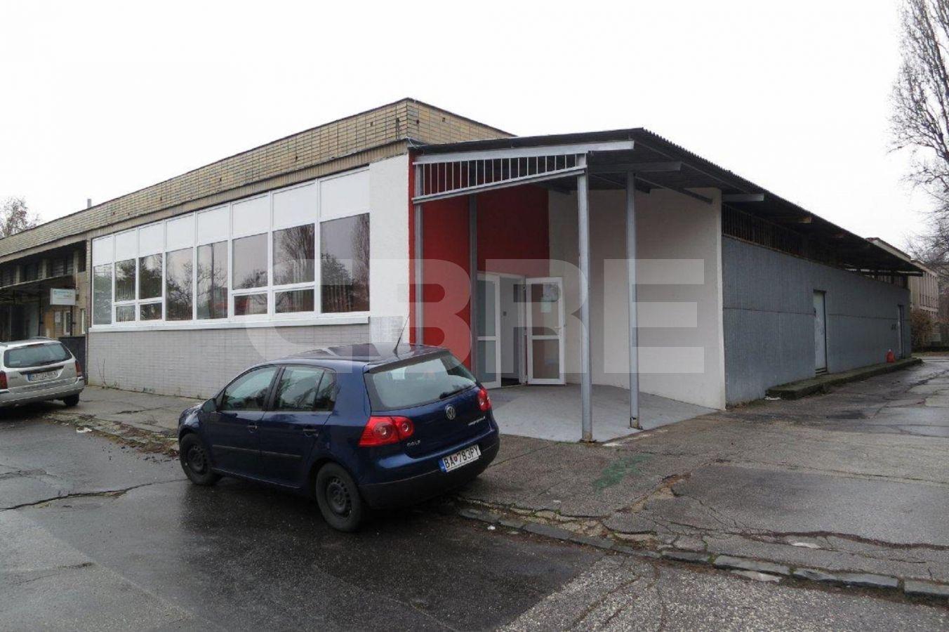 Uránová, Bratislava III. - 328 m2, Bratislavský kraj, Bratislava | Prenájom a predaj skladov a výrobných hál od CBRE | 2