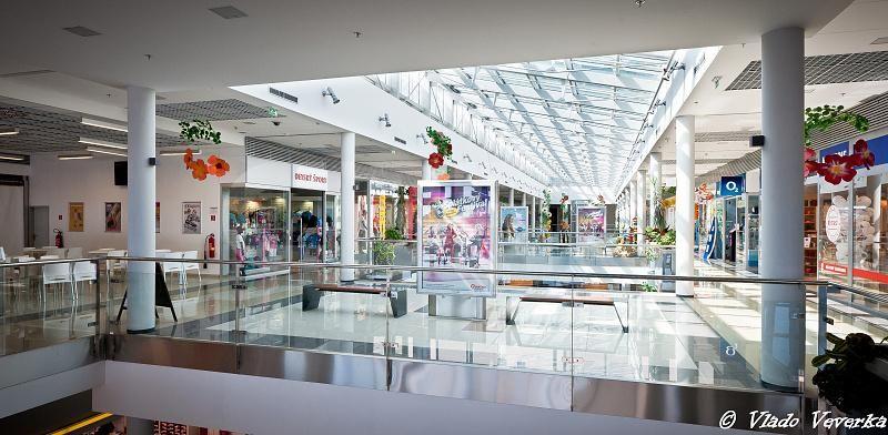 Aquario Shopping Center, Nitra Region, Nové Zámky   Retails for rent or sale by CBRE   6