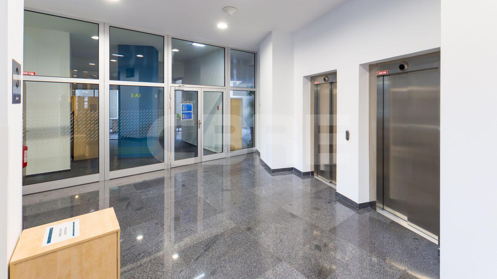 Pressburg Trade Center - Sublease, Bratislava - Staré Mesto | Offices for rent by CBRE | 1