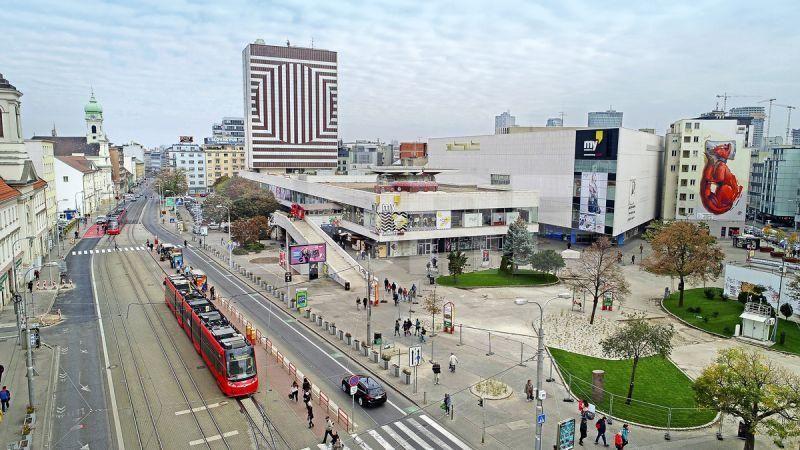 Tesco Kamenné námestie, Bratislavský kraj, Bratislava - Staré Mesto | Retails for rent or sale by CBRE
